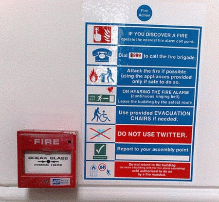 Cartel no usar Twitter en incendios